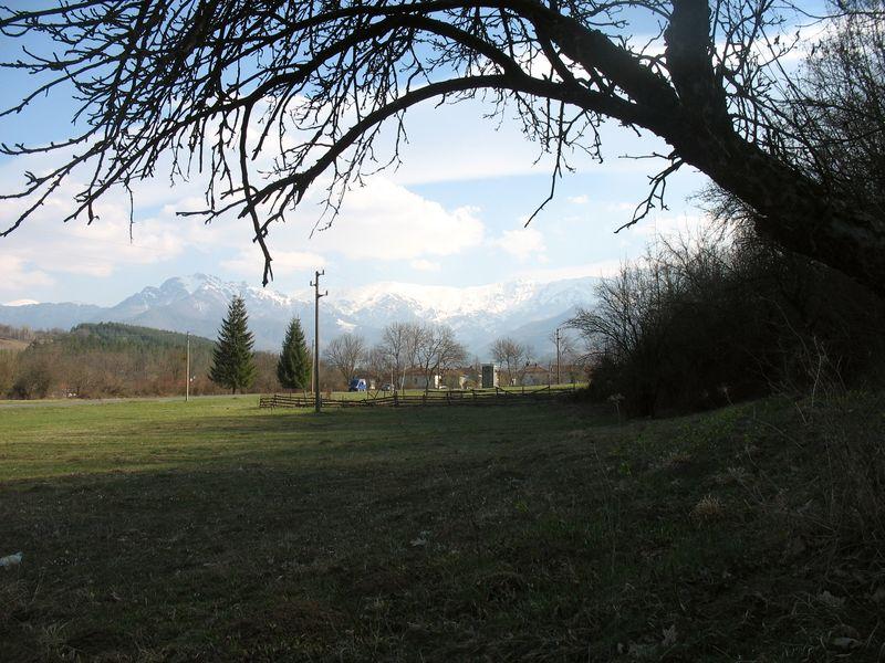 Априци продава имот с панорама